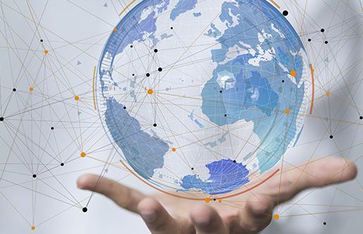 Globus mit internationalen Verknüpfungen