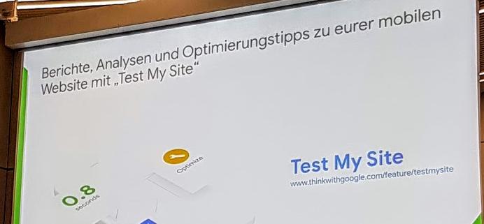 """Ein Folienscreen zeigt das """"Test My Site"""" Tool von Google"""