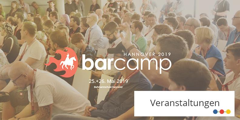 Hannover Barcamp 2019 Teaserbild mit Besuchern des Barcamps 2018